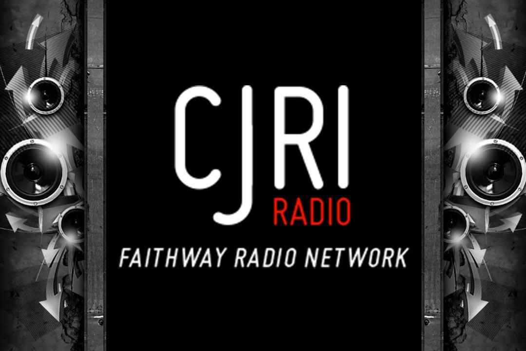 104.5 CJRI-FM